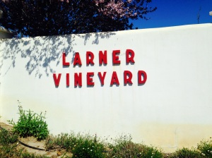 Larner Vineyards sign